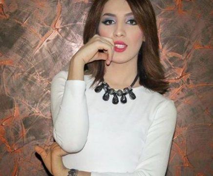 النجمة الجزائرية سهيلة بن لشهب تتسبب بكارثة لشقيقتها!