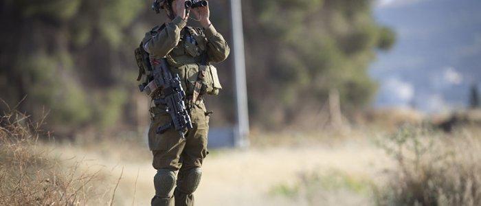 إسرائيل تطلب انسحاب القوات الإيرانية 80 كم عن الحدود السورية