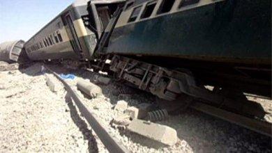 صورة قتلى وجرحى بتفجير سكة قطار في باكستان