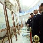 بالصور.. عبدالمهدي يفتتح معرض الوثائق والمخاطبات الرسمية للنظام المباد