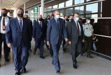 صورة وفد أمني عراقي برئاسة وزير الداخلية يصل الأردن