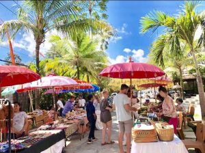 Ubudfarmers and sunday Market setiap hari Kamis & Minggu di The Mansion Bali