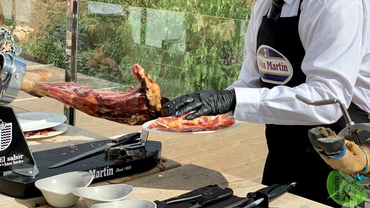 Picking Málaga presenta los jamones Julián Martín a la restauración malagueña | AkataVino Magazine