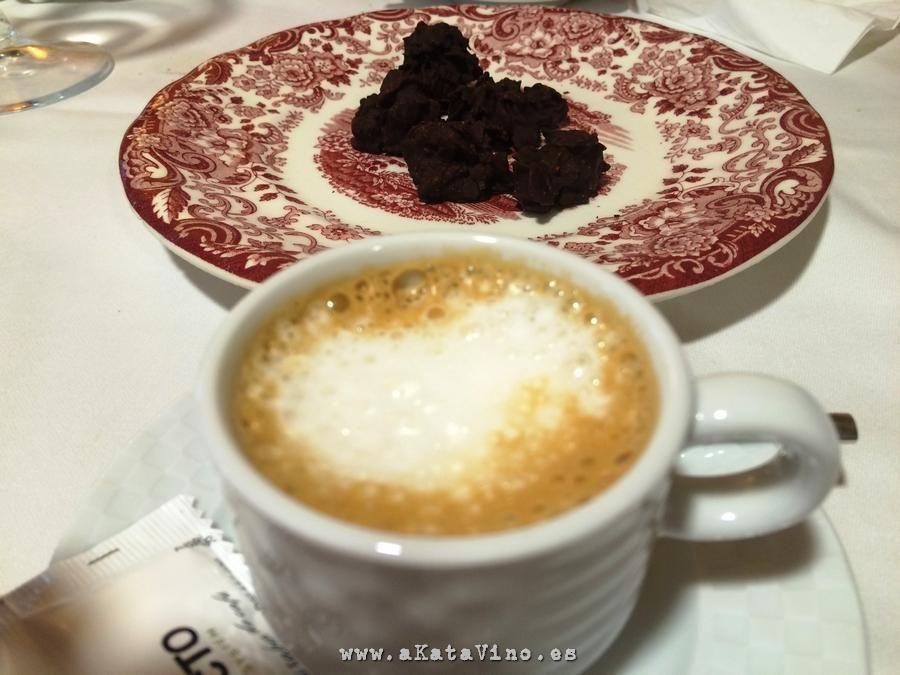 Restaurante La Bahia El cafe © akataVino