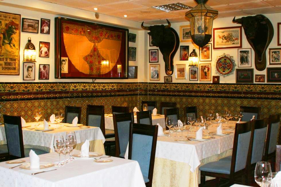 interior restaurante pedro romero