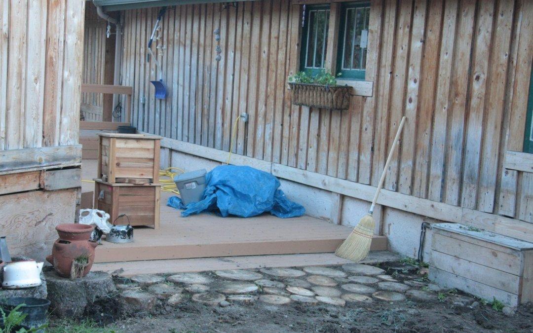 Deck pathway