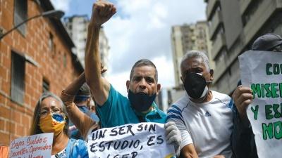 در کنار چاوز رادیکال: گفتگو با رافائل اوزکاتگی- برگردان: داود جلیلی