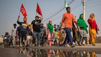 شورش بی سابقه دهقانان هندی - برگردان شروین احمدی