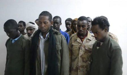 ضبط عدد من الأفارقة كانوا يقاتلون مع المليشيات الإرهابية في سبها