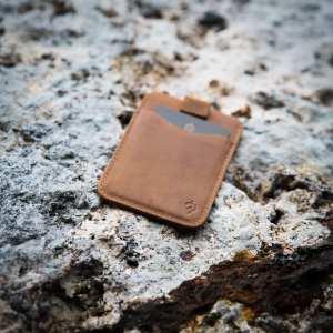 AKIELO Charlie Wallet tan Minimalist Compact Card holder Wallet