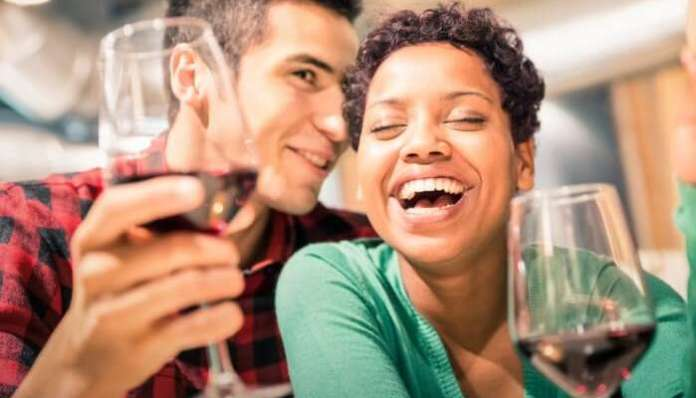 5 Romantic Things You Should Definitely Do On Your Honeymoon To Have The Best Experience - have a romantic dinner date