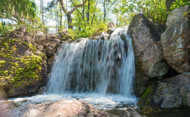 A visit to Hathni Mata Waterfall is a Journey to Mother Nature