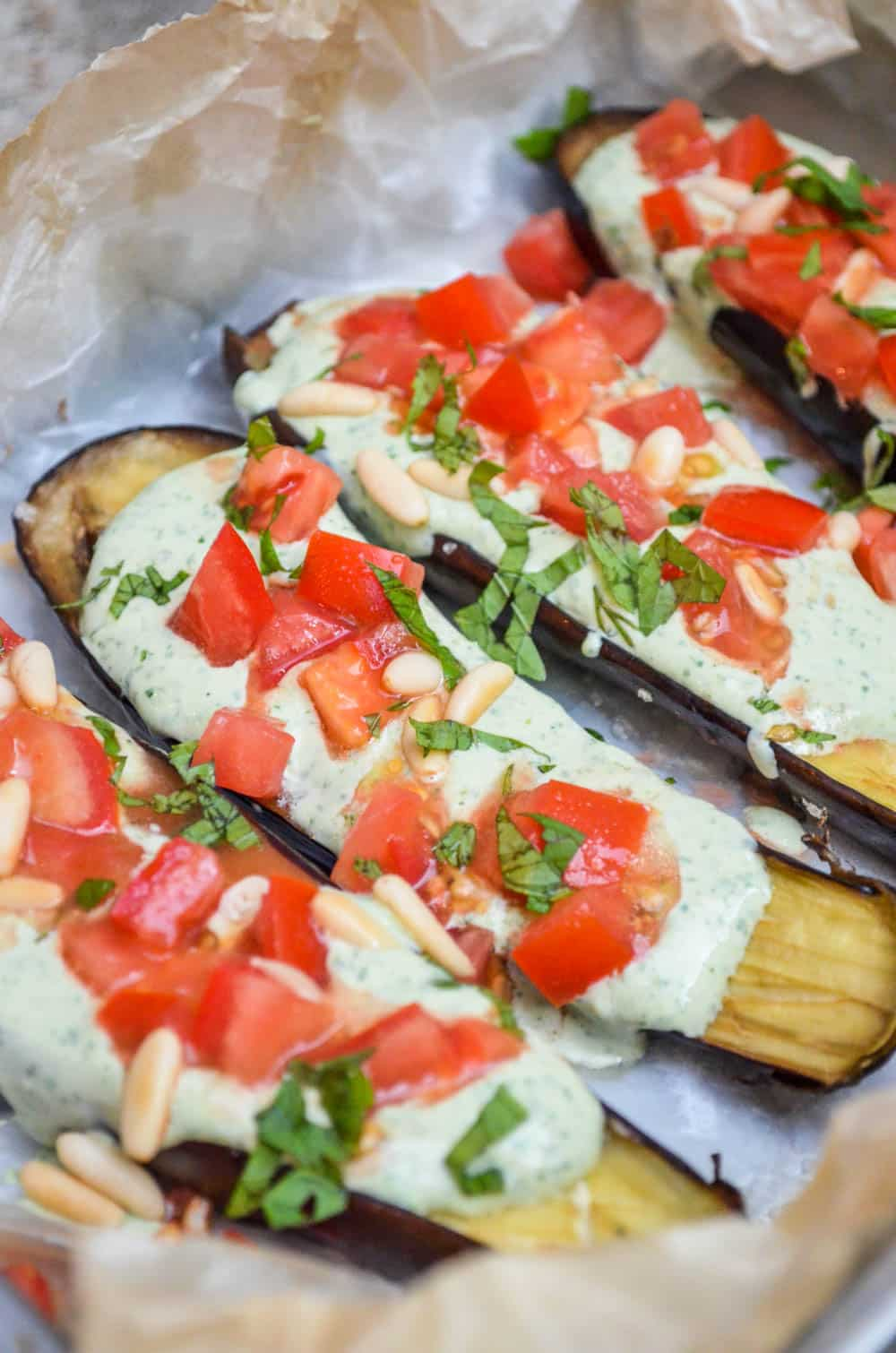 Aubergine with green tahini sauce - recipe / A kitchen in Istanbul