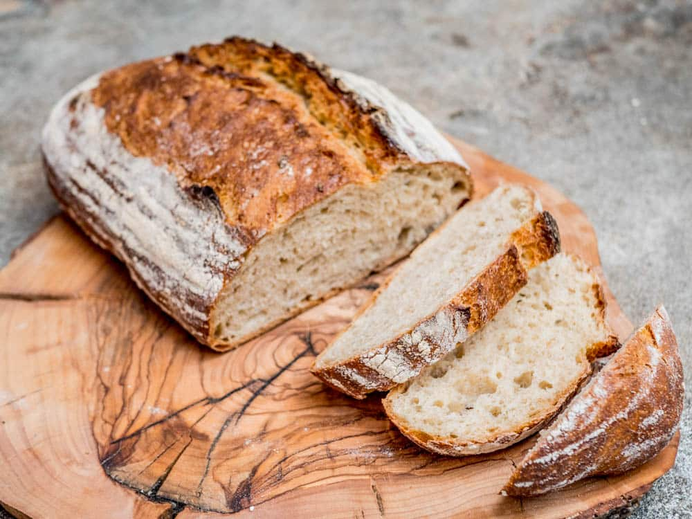 Wholesome no knead bread - recipe / A kitchen in Istanbul