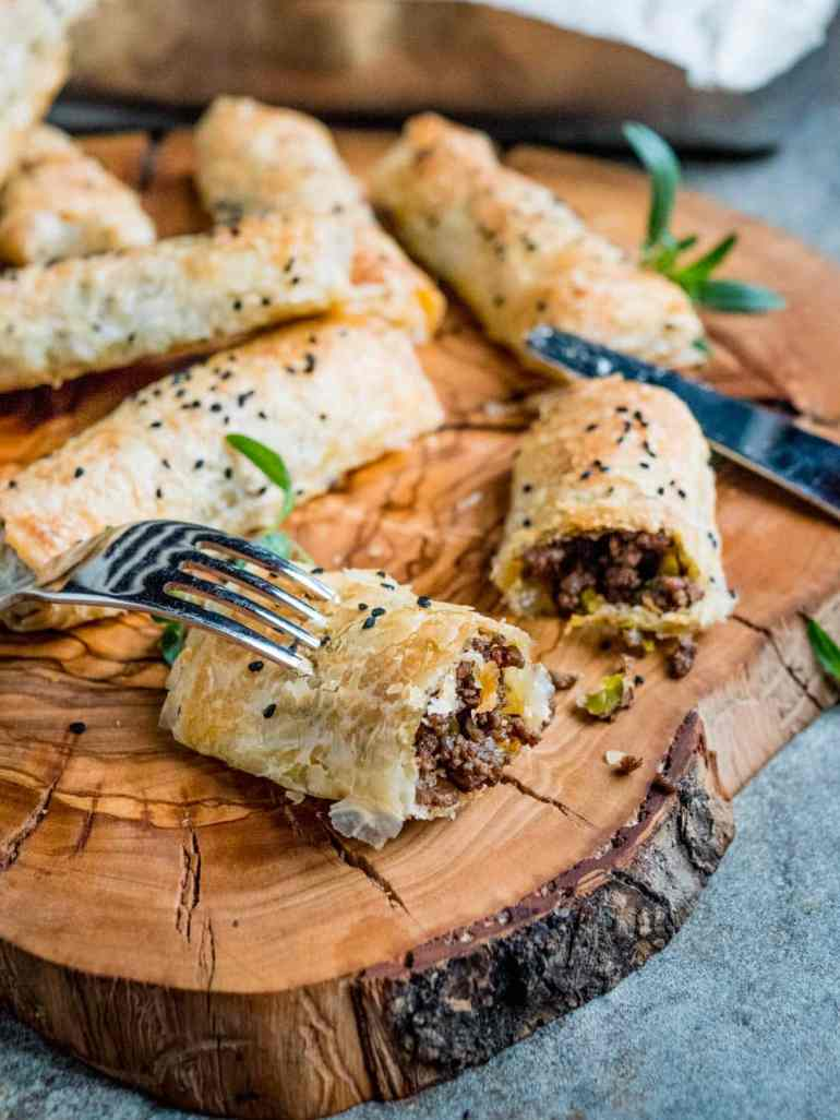 Börek with spiced beef and pistachios - recipe / A kitchen in Istanbul