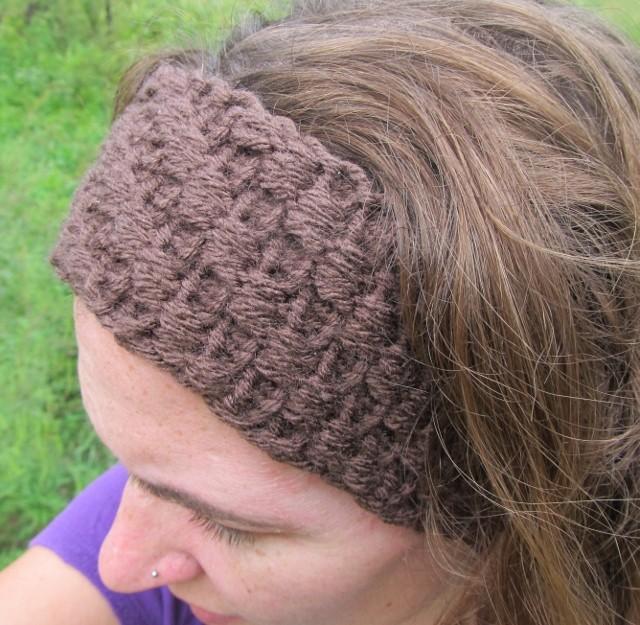 Loom Knit Headband With Flower Pattern