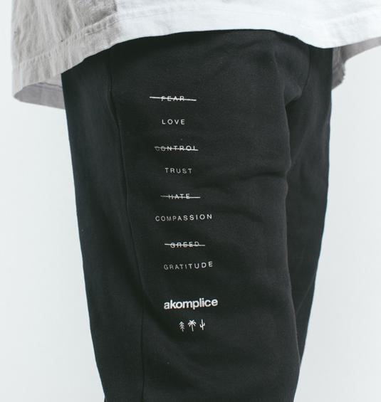 AK X UMBRO Transform Sueded Fleece Joggers 3