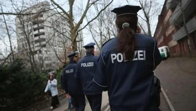 Photo of امرأة ألمانية تعترف باختطاف و اغتصاب و قتل طالبة صينية