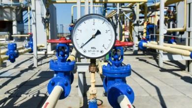 Photo of النفط يتراجع وسط شكوك في قدرة أوبك على كبح تخمة المعروض