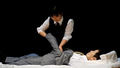 "Photo of بالفيديو .. مسابقة في اليابان لـ "" أزياء الموتى """