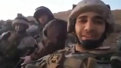 "Photo of "" بنداء يا زهراء سوف نقتحم "" .. عنصر من الجيش اللبناني يتوعد بقطع رؤوس و آذان عناصر داعش ( فيديو )"
