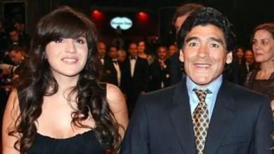 صورة مارادونا يتهم ابنته بسرقة الملايين منه .. و يطالب بسجنها !