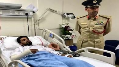 Photo of شرطي يتعرض للدهس أثناء مساعدته امرأة تعطلت سيارتها في دبي