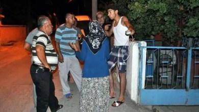 Photo of توتر بين سوريين و أتراك ينتهي بنقل سوري إلى المستشفى و إلحاق أضرار بمنازل و سيارات ( فيديو )