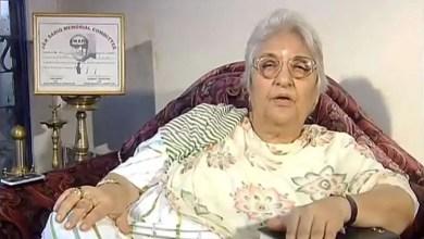 """Photo of """" أمنية الموت """" لكاتبة هندية شهيرة تتحقق على الهواء مباشرةً ! ( فيديو )"""