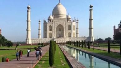 "Photo of منظمة هندية تحظر إقامة الصلوات الخمس في مسجد "" تاج محل """
