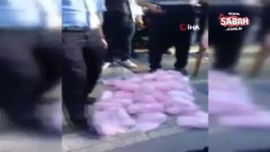Photo of تركيا : موجة غضب بعد انتشار مقطع مصور يظهر شرطياً يتلف بقدمه بضائع بائع متجول .. هذا ما فعلته السلطات معه ( فيديو )