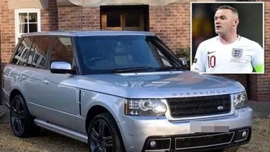 "Photo of واين روني يخفق في بيع سيارته الـ ""رينج روفر "" في مزاد علني !"