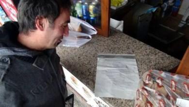 Photo of تركيا : لص يسرق مقهى و يترك رسالة اعتذار و نصائح لصحابه ! .. هذه تفاصيلها ( فيديو )