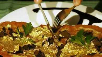 """Photo of ما الغاية من تغليف الطعام بـ """" ورق الذهب """" ؟"""