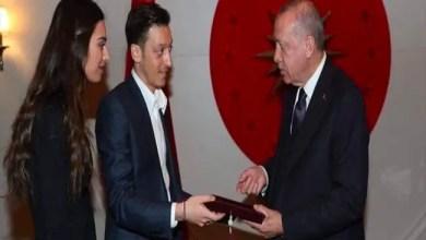 Photo of عاصفة غضب ألمانية جديدة ضد مسعود أوزيل بسبب دعوته لأردوغان لحضور حفل زفافه