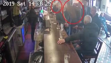 Photo of الإيرلندي كونور ماكغريغور يلكم رجلاً مسناً بسبب الكحول ! ( فيديو )