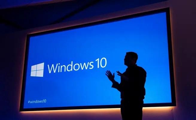 مايكروسوفت   تحث مستخدمي   ويندوز 10   على سرعة التحديث