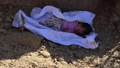 Photo of في الهند .. رجل يسمع صوت رضيعة من تحت الأرض أثناء دفن جثمان ابنته !
