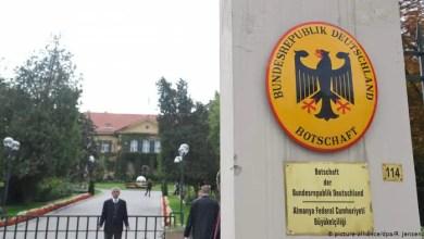 Photo of الخارجية الألمانية : تركيا تعتقل محامياً يعمل لصالح السفارة الألمانية في أنقرة