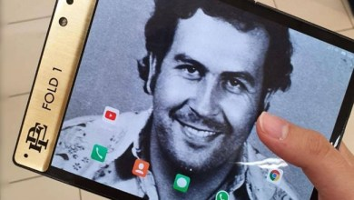 """Photo of """" إسكوبار فولد """" .. هاتف قابل للطي من شقيق """" زعيم المخدرات """""""