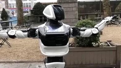 """صورة """" روبوت """" يتجول في نيويورك بحثاً عن فيروس """" كورونا """""""