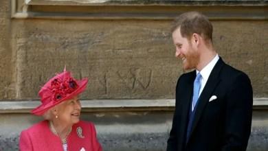 Photo of الملكة إليزابيث الثانية ترحب بعودة هاري كأمير في أي وقت