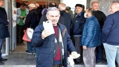 صورة الأتراك يتهافتون على شراء عطر الليمون المطهر لمكافحة فيروس كورونا