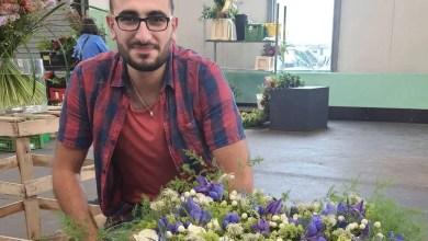 صورة صحيفة ألمانية : من لاجئ إلى بائع زهور .. كيف وجد شاب سوري وطنه الجديد ؟