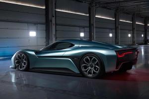 nextev-nio-ep9-electric-supercar-rear