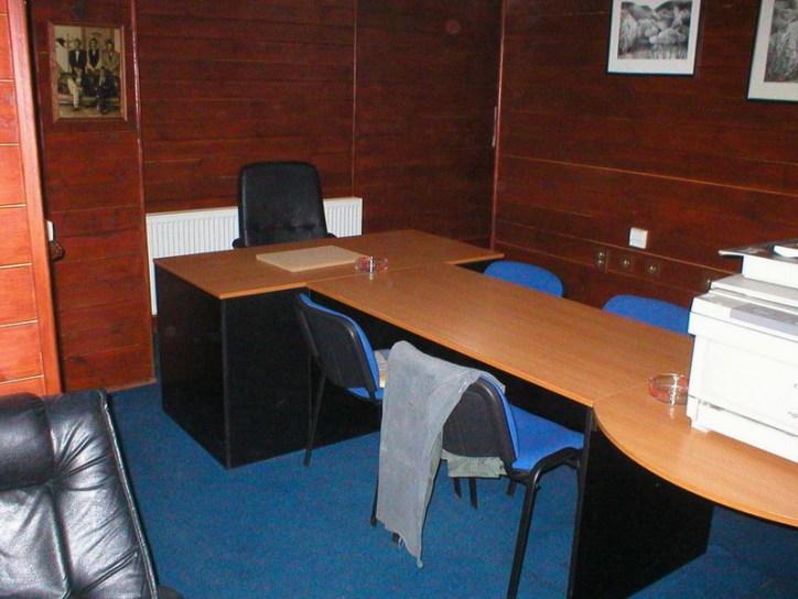 kancelářský, jednací nábytek
