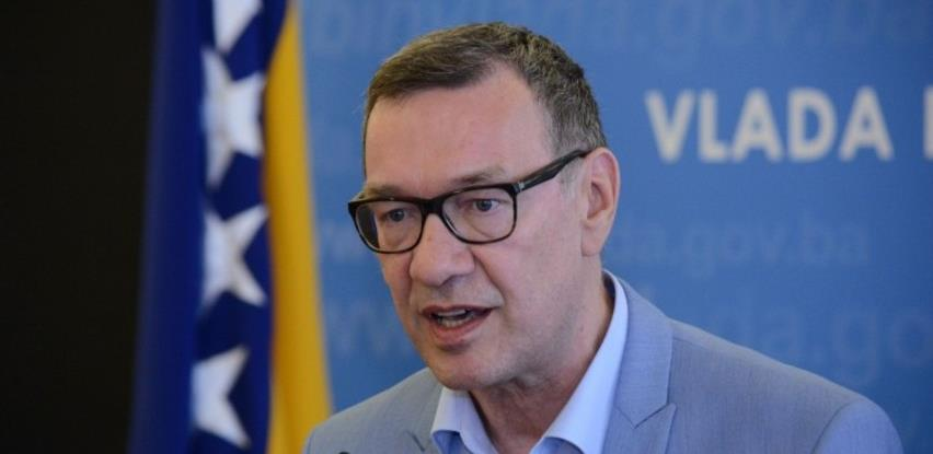 Kantonalni zavodi zdravstvenog osiguranja raspolažu s oko 1,4 milijardi KM