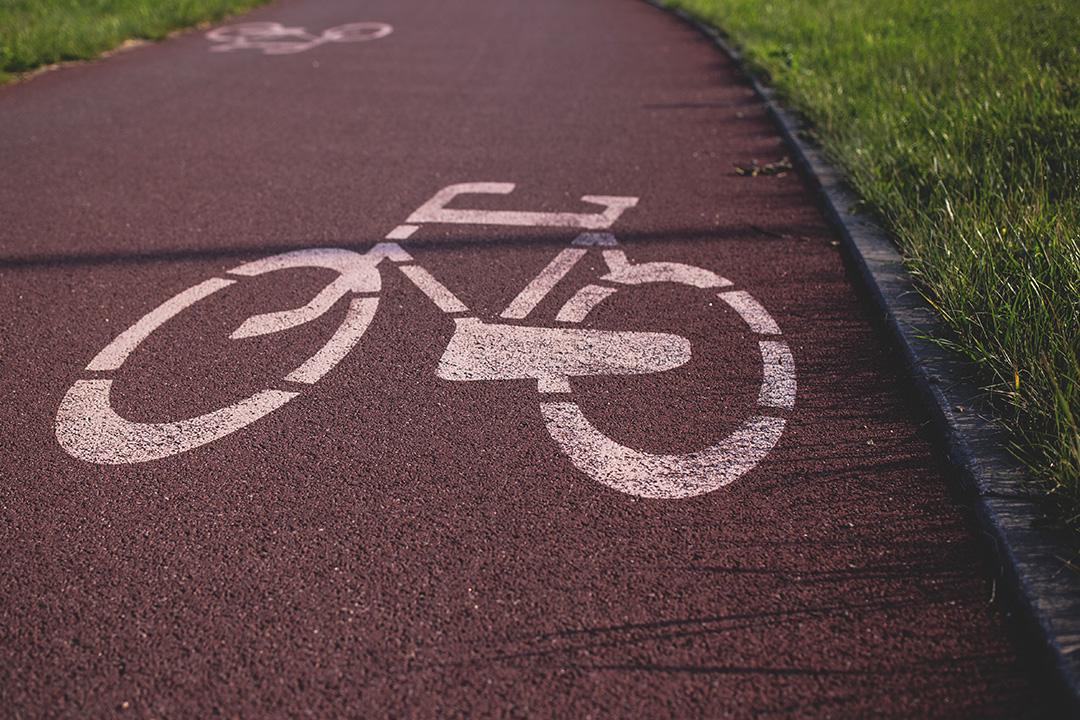 Gelenkschonend und beweglichkeitsfördernd - Fahrradfahren und Schwimme