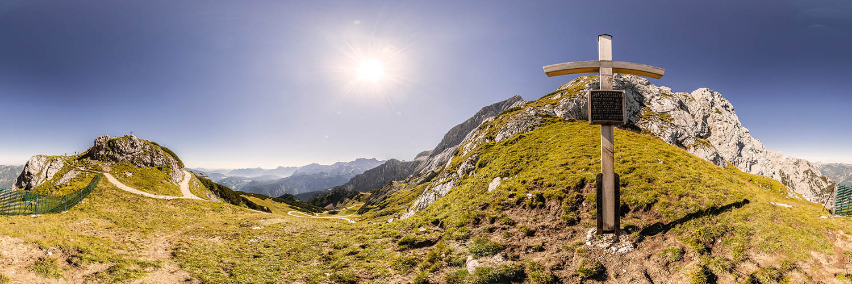 360°-Panorama auf dem Osterfelderkopf - Kreuz