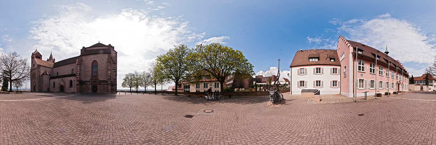 360°-Panorama in Breisach - Münsterplatz